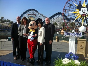From left to right: Anaheim/Orange County VCB CEO Jay Burress; Visit California CEO Caroline Betata; Mickey Mouse; Disneyland Resort Asia Pacific Sales Director Nicky Tang; and Orange County Visitors Association CEO Ed Fuller