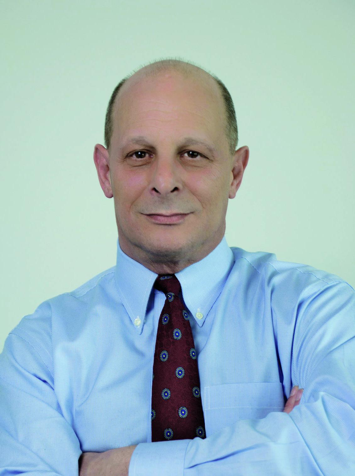 Michael Massik -6 ret