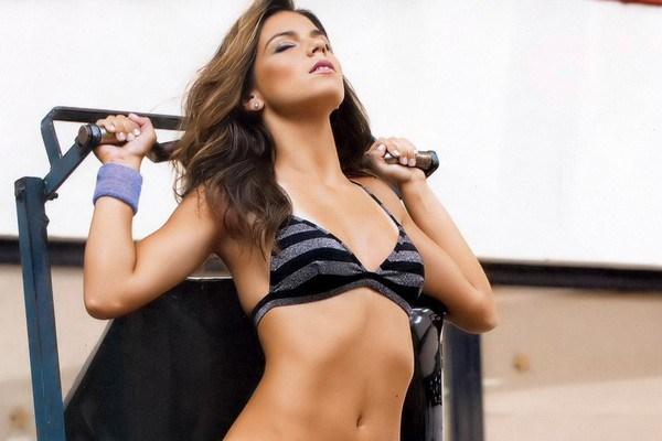 Laisa Andrioli Sexy