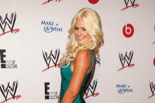 WWE Female Wrestlers Maryse Ouellet