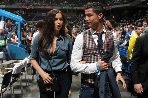 Cristiano Ronaldo and Irina Shayk Hot