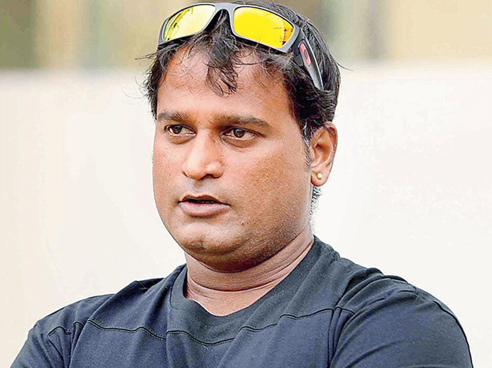 Ramesh Powar back as chief coach of Indian women's cricket team