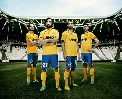 FinalNike_Juventus_Away_002_HiRes
