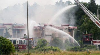 07-06-17 hojo fire-3217