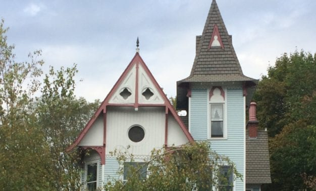 Slingerlands home used in Ironweed movie is for sale
