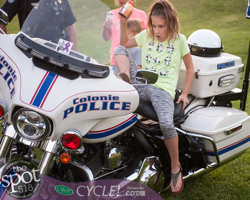 cop community-0694