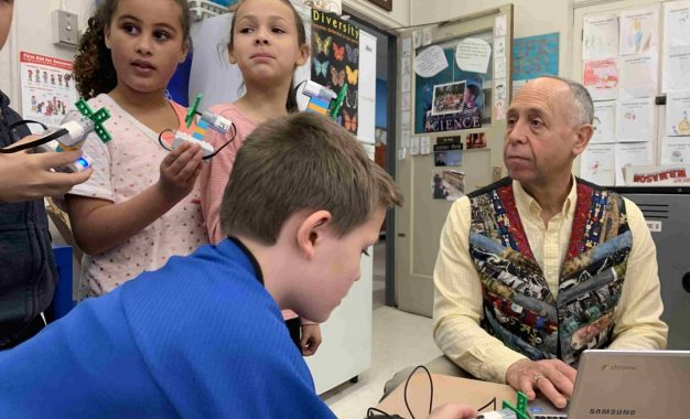 Voorheesville students learn with LEGO sets (w/photo gallery)