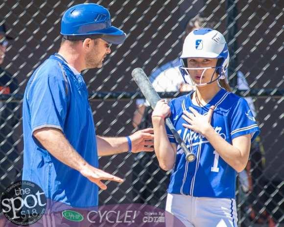 beth-shaker softball-2330