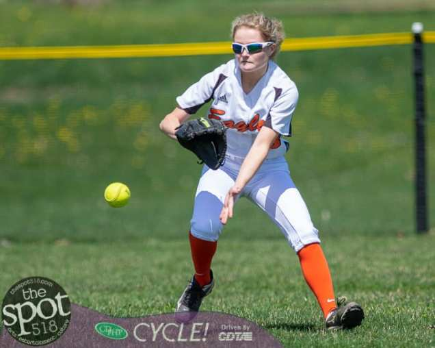 beth-shaker softball-2720