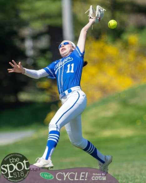 beth-shaker softball-2730