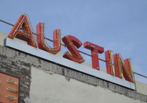 A #travel guide to a long weekend in Austin, Texas | spotofteadesigns.com