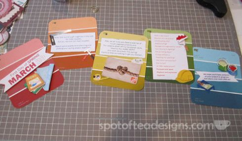 Create a mini accordion book with paint samples. Unique gift wrapping idea to give a home improvement giftcard #christmas | spotofteadesigns.com