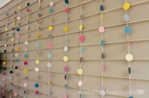Dot Garland Backdrop | spotofteadesigns.com