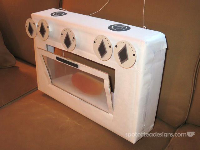 DIY Pregnancy Reveal Halloween Costumes Costume: Bun in the oven   spotofteadesigns.com