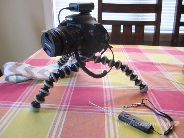 Holiday Gift Guide: DSLR Tripod and Wireless Remote | spotofteadesigns.com