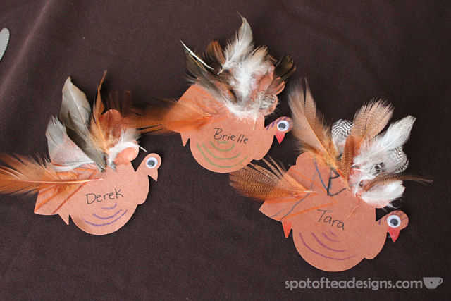 Kid made #Thanksgiving Turkey Place cards | spotofteadesigns.com