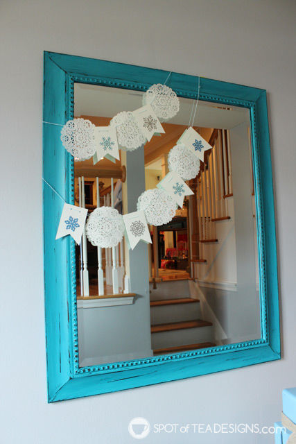 Fast and easy winter doily garland | spotofteadesigns.com