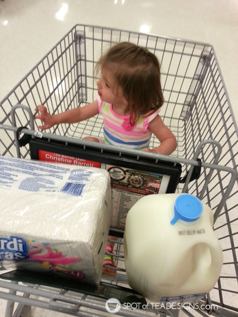 10 Things You Do When #Pregnant and overdue - go food shopping everyday | spotofteadesigns.com