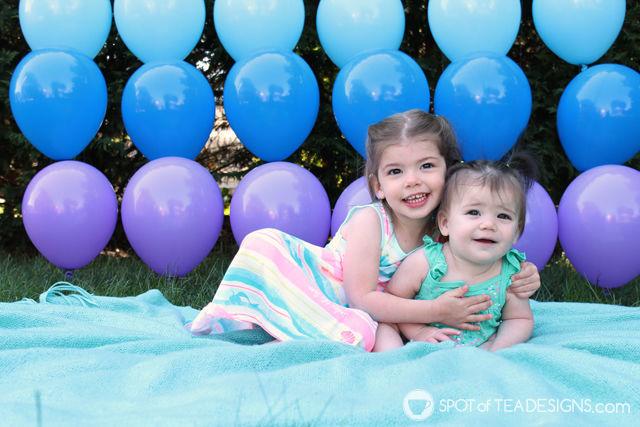 Birthday party invitation using diy balloon wall backdrop | spotofteadesigns.com