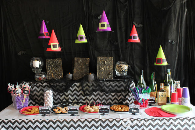 Hocus Pocus Halloween party theme. Turn party hats into floating witch hats! #halloween #party #hocuspocus | spotofteadesigns.com