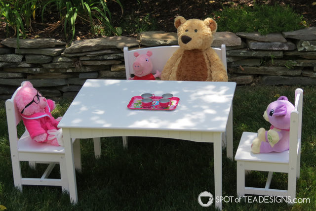 """Tea for Two 2nd Birthday Party - setup stuffed animals as """"party animals""""