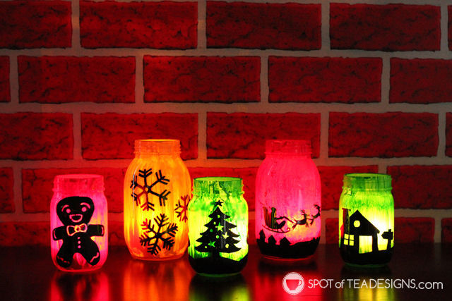 DIY #Christmas Luminaries made with @Decoart_inc paint and a free @Wpartysupplies printable | spotofteadesigns.com