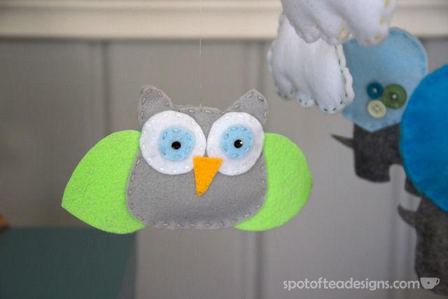 Handmade Animal Mobile for Gender Neutral Modern Animal #Nursery | spotofteadesigns.com