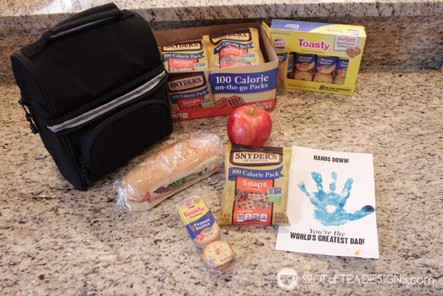 Family bonding activity - packed lunches for dad complete with handmade crafts (free printable download!) #packwithlove #ad   spotofteadesigns.com
