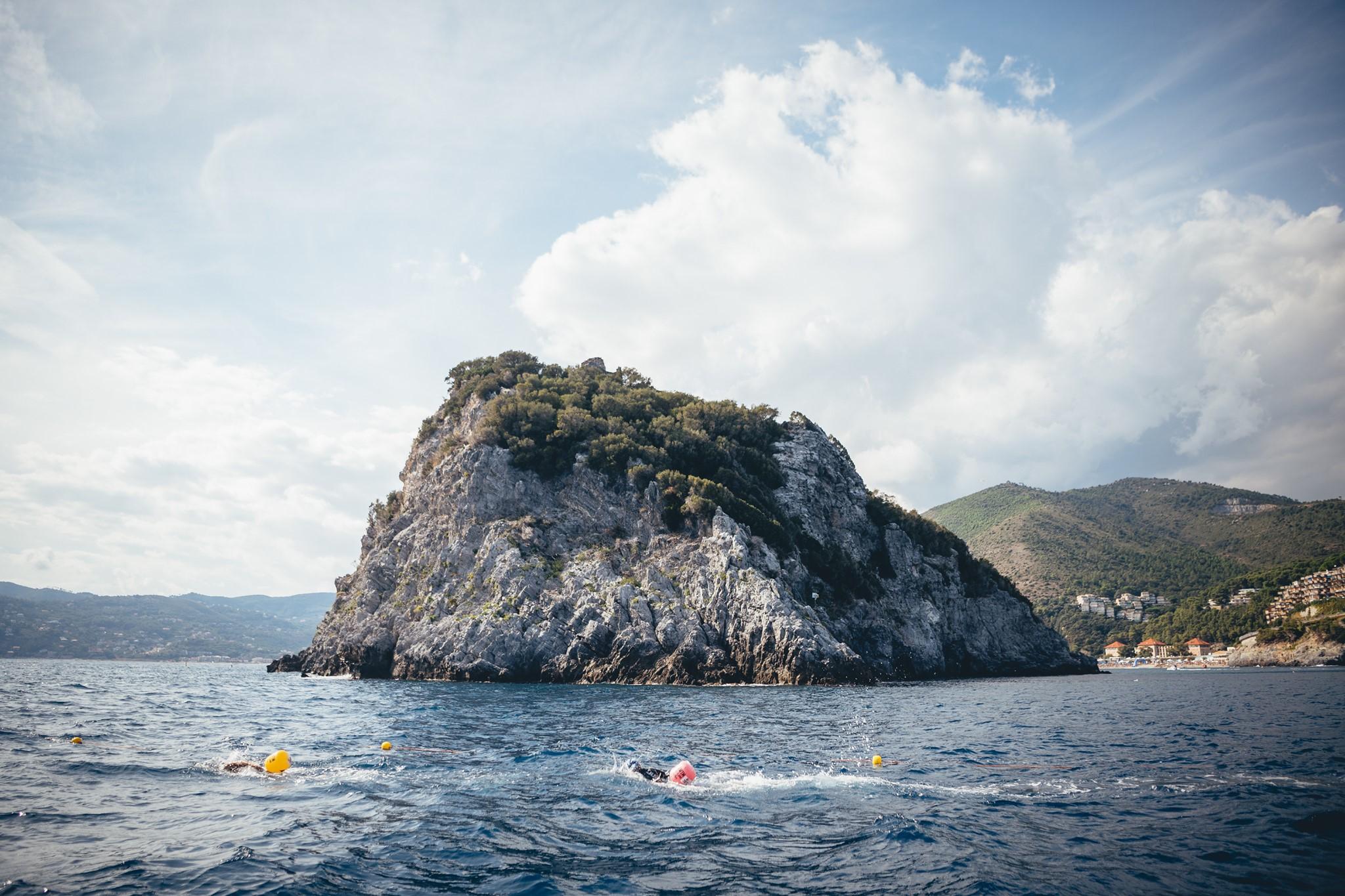 Maltempo, posticipato Swim The Island al 18 ottobre