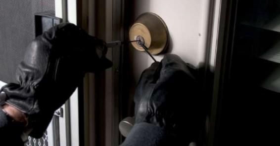 Ladri in azione a Vezzi: diverse segnalazioni e un furto riuscito