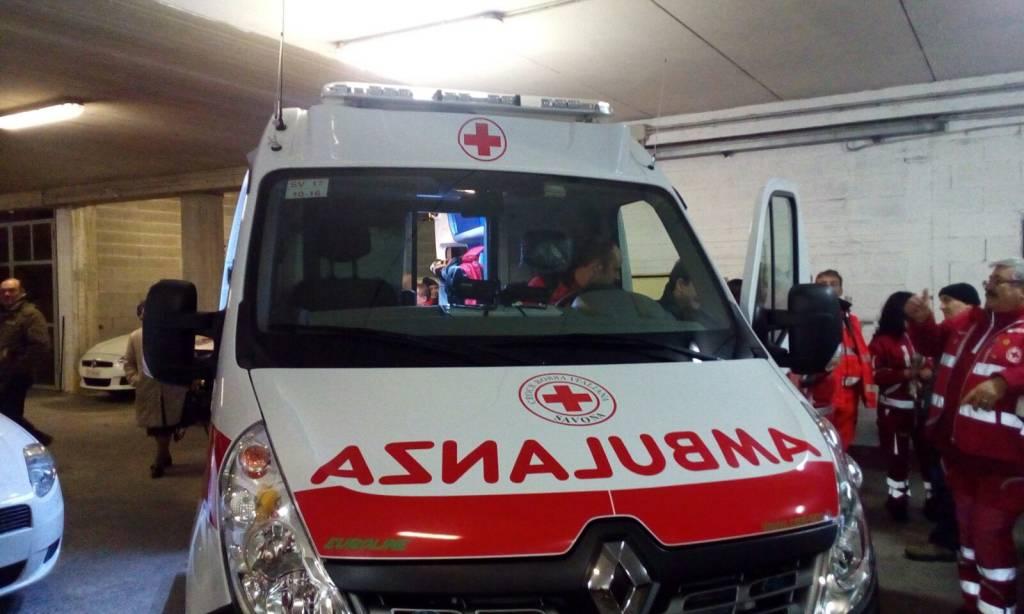 Incidente auto-bici a Bergeggi, ciclista in ospedale