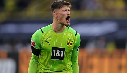 BVB keeper Gregor Kobel and his potent begin at Borussia Dortmund: 1 extra gorgeous king switch