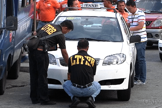 WRONG NEIGHBORHOOD! – Picky taxi driver busted by plainclothes cop