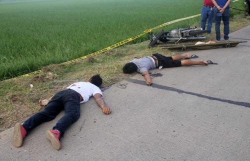 Nueva Ecija cops shoot three car thieves dead