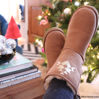 DIY: Personalized Uggs