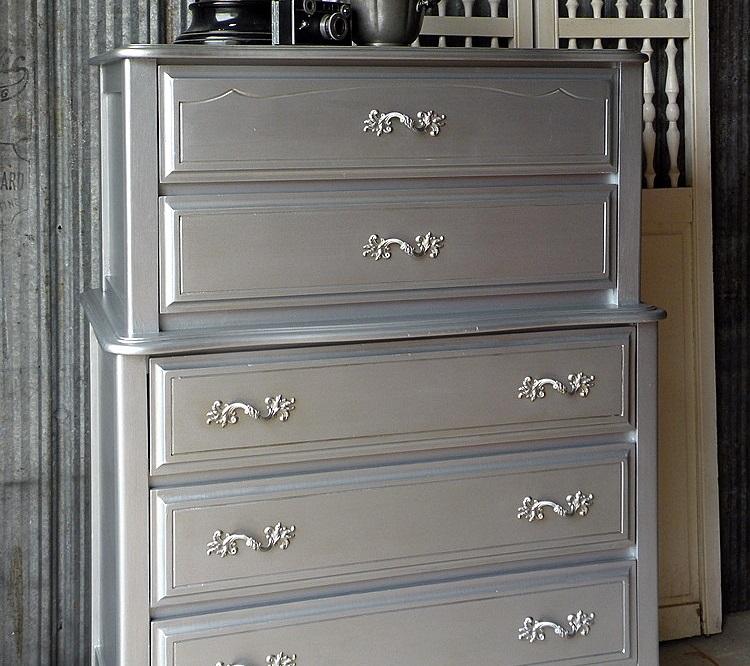 Silver Metallic Spray Paint Sprayster 2