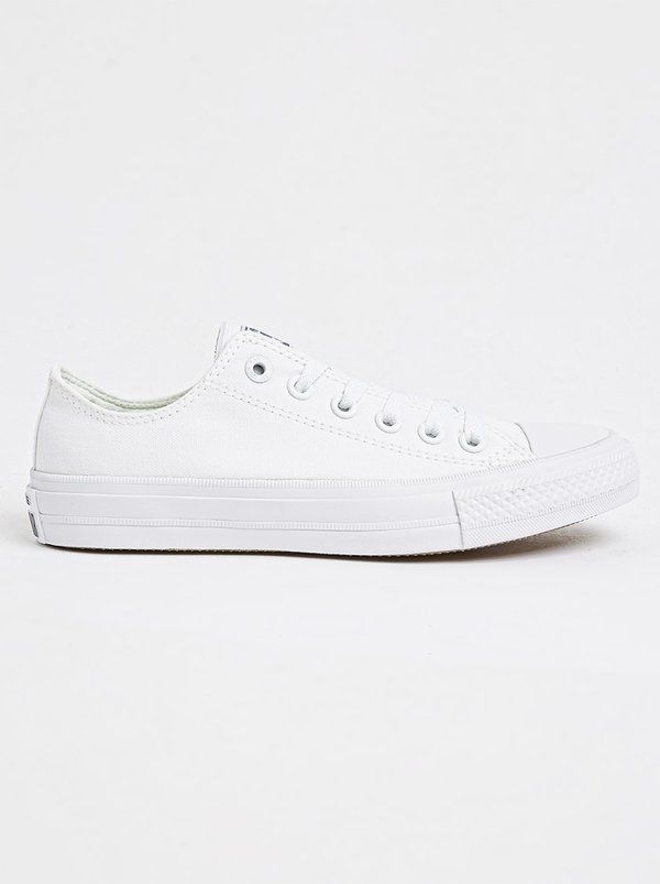 Converse Chuck Taylor All Star II Low White A63W32I