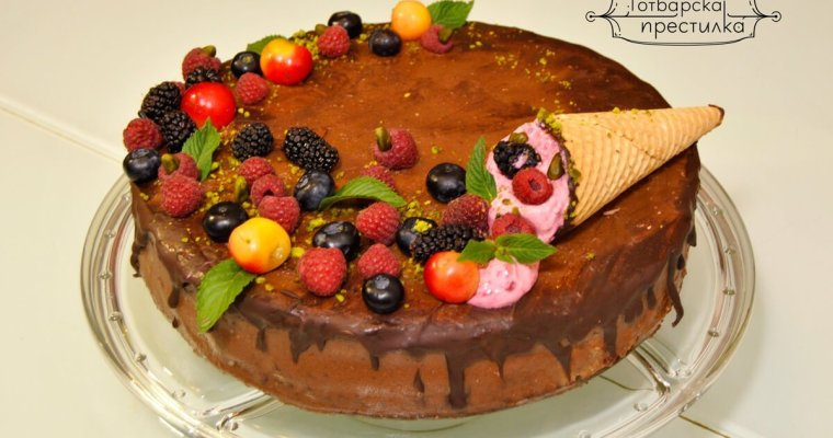 шоколадова торта с малини и пиян карамелов мус