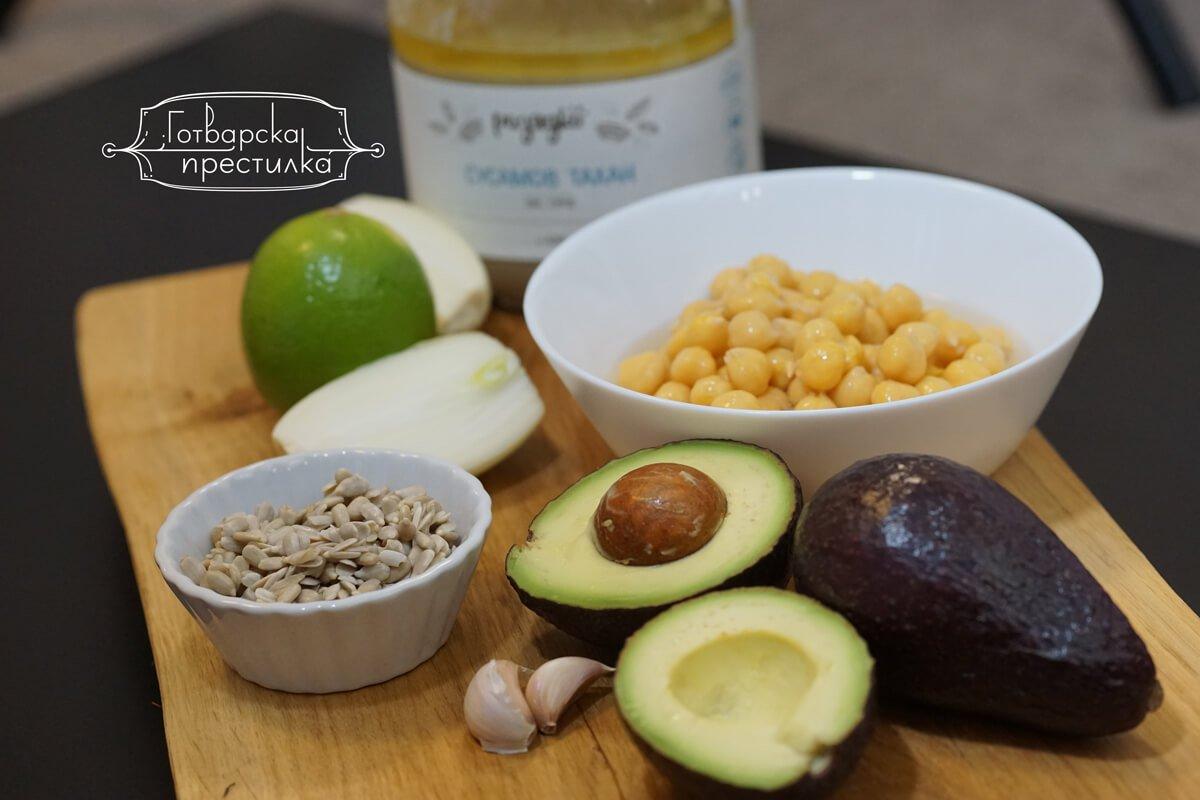 зелен хумус с авокадо съставки
