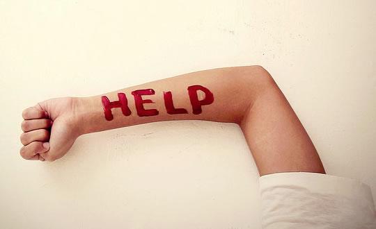 help5 Neden Başkalarına Yardım Yapmuyoruz: Bystander Apathy