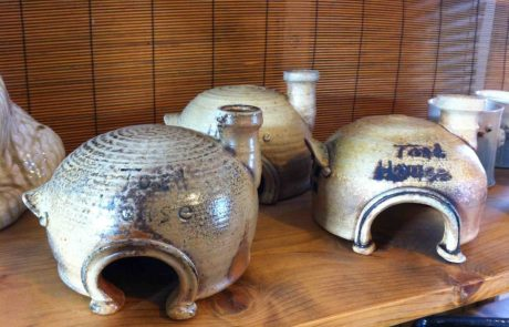 ceramic toad houses