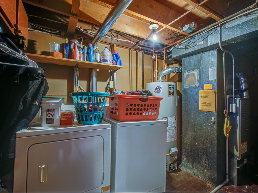 Cree-Laundry Room