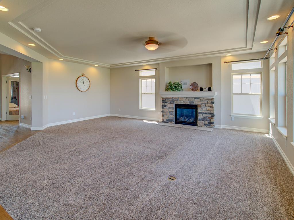 Tahoe-Living Room alt