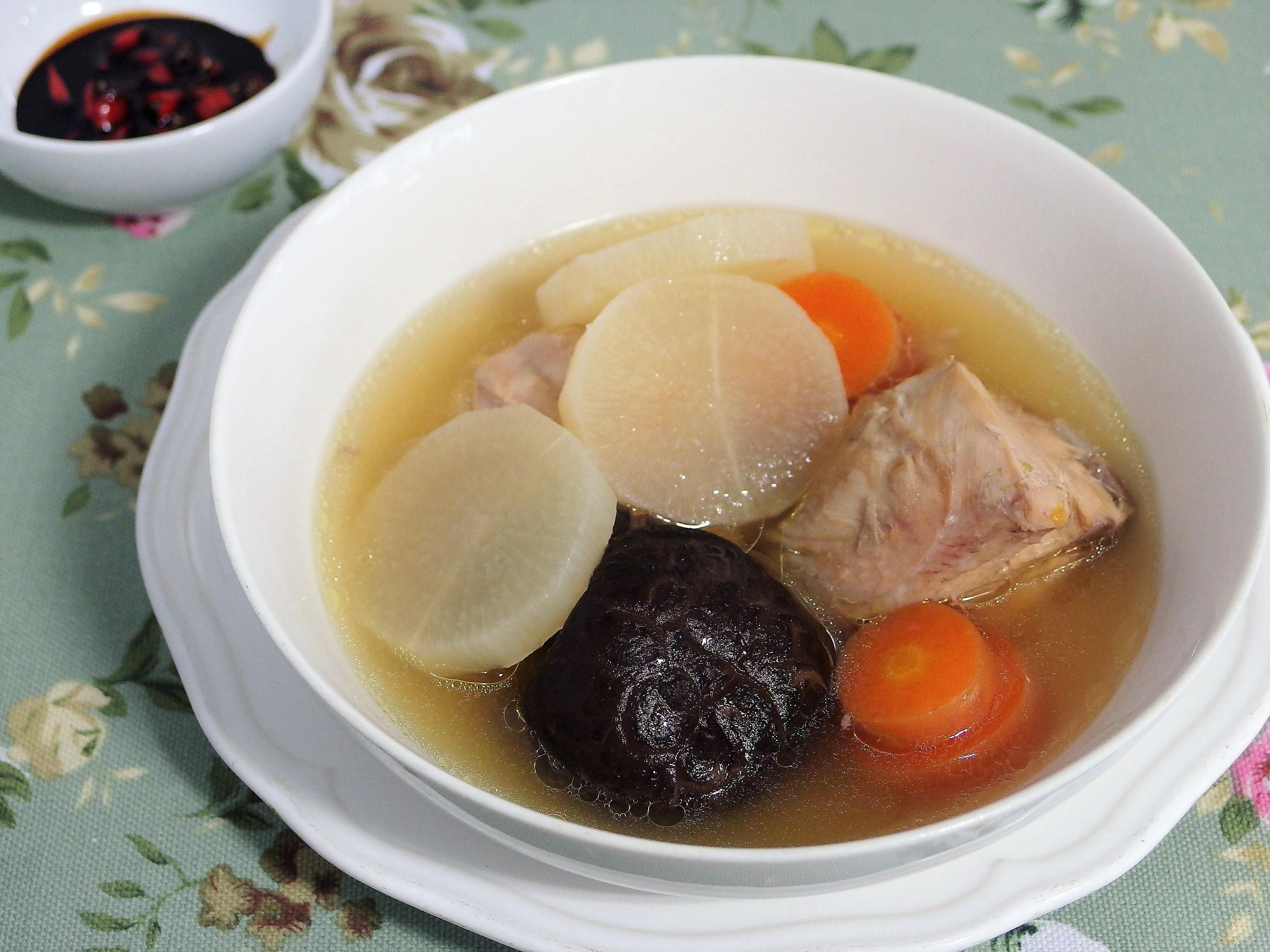 Daikon, Mushroom & Chicken Soup Recipe