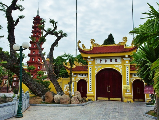 West Lake Hanoi - Tran Quoc Pagoda