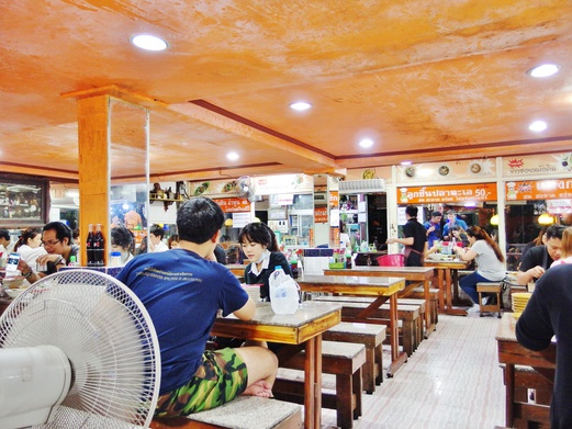 Victory Monument Boat Noodles Alley | Sutyot Kway Teow Rua