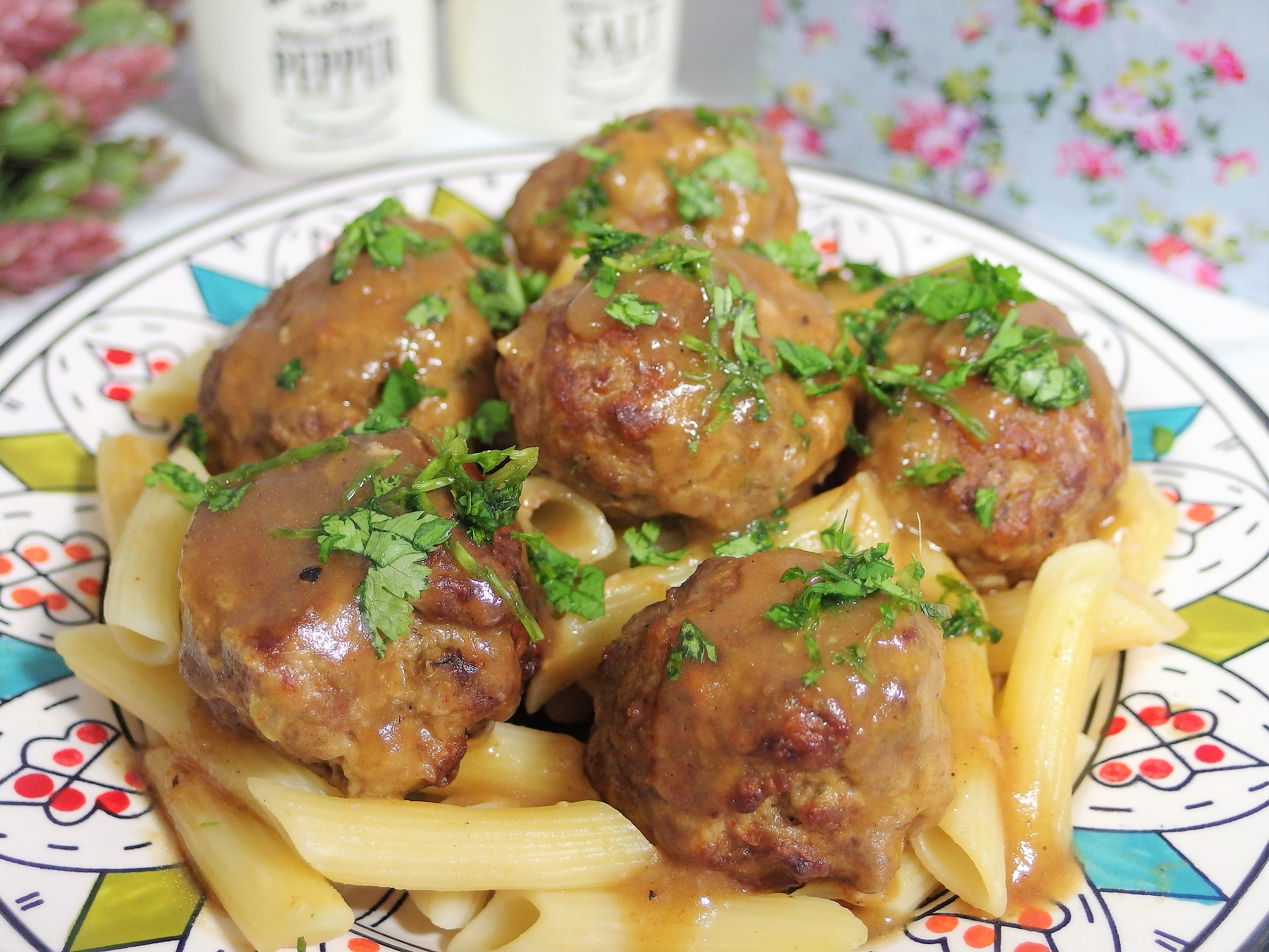 Meatball Pasta with Gravy Recipe
