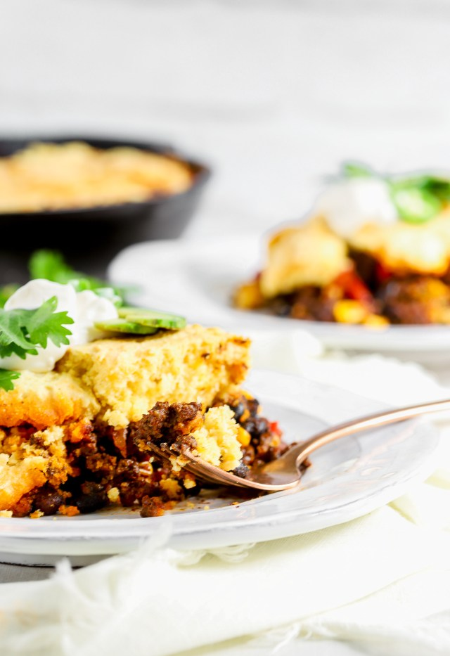 One Skillet Cornbread Chili