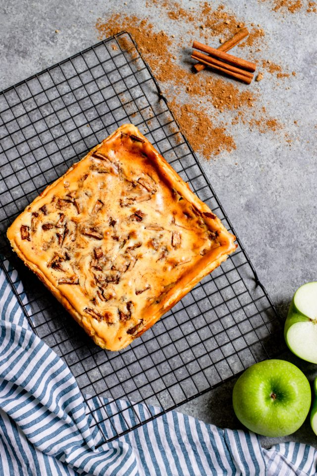 Chai Apple Pie Cheesecake