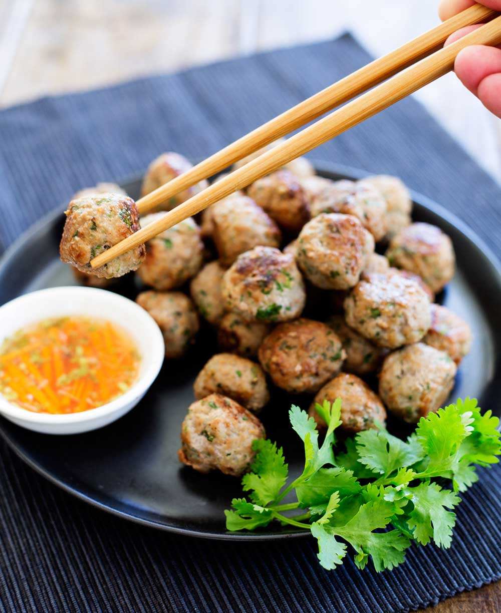 Thai pork meatballs sprinkles and sprouts for Meatball canape